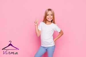 اصول خرید لباس برای تیپ دختر بچه اسپرت